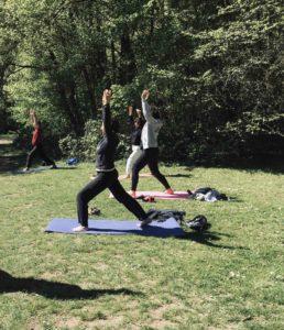 Yoga terre nature mantes